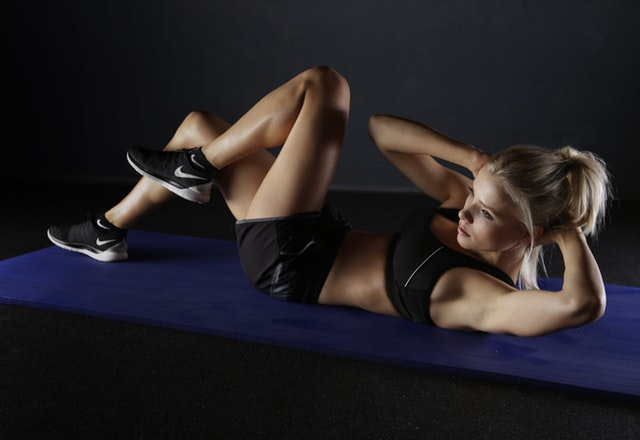 A women doing exercise